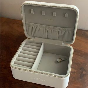 Pandora Travel Jewelry Box